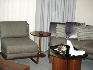 INTERCONTINENTAL TORONTO CENTRE Suite Room